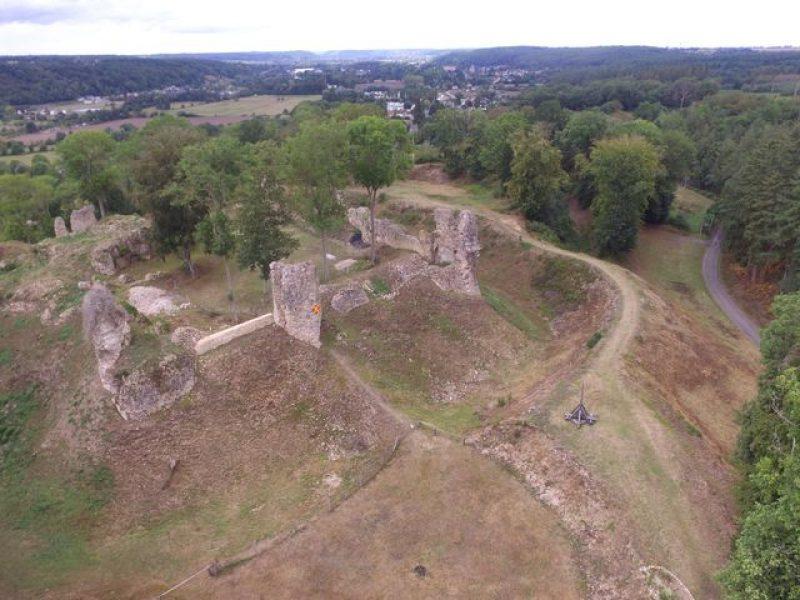 Château Médiéval et trébuchet